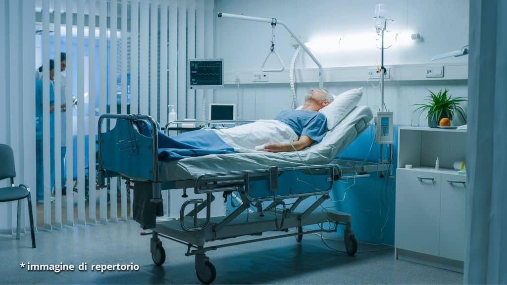 uomo ospedale