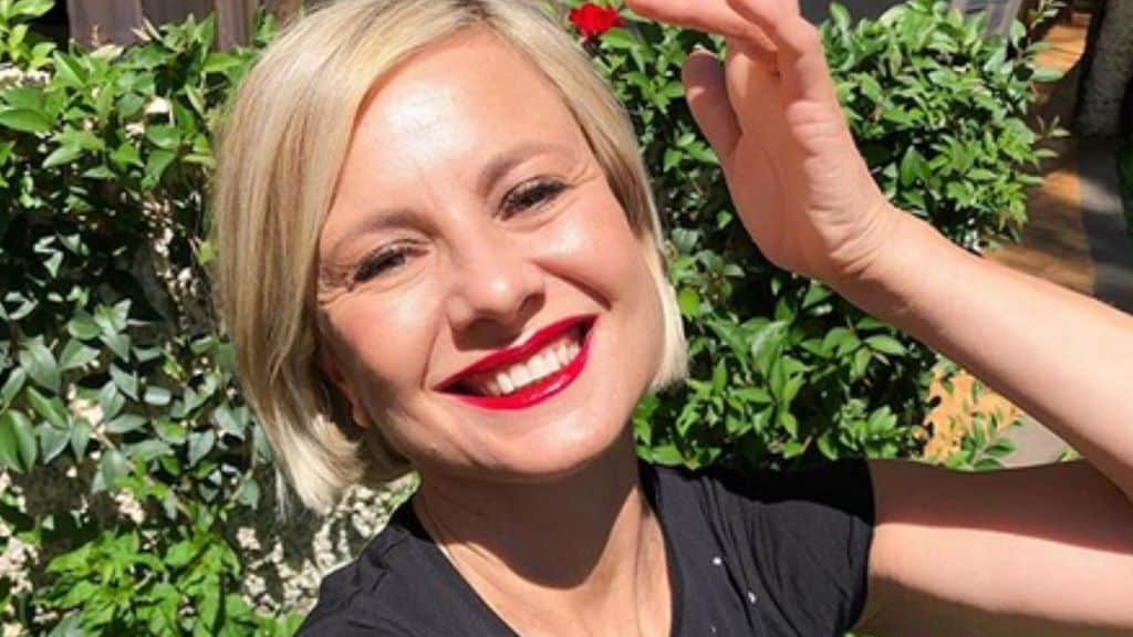 Antonella Elia: selfie all'aperto