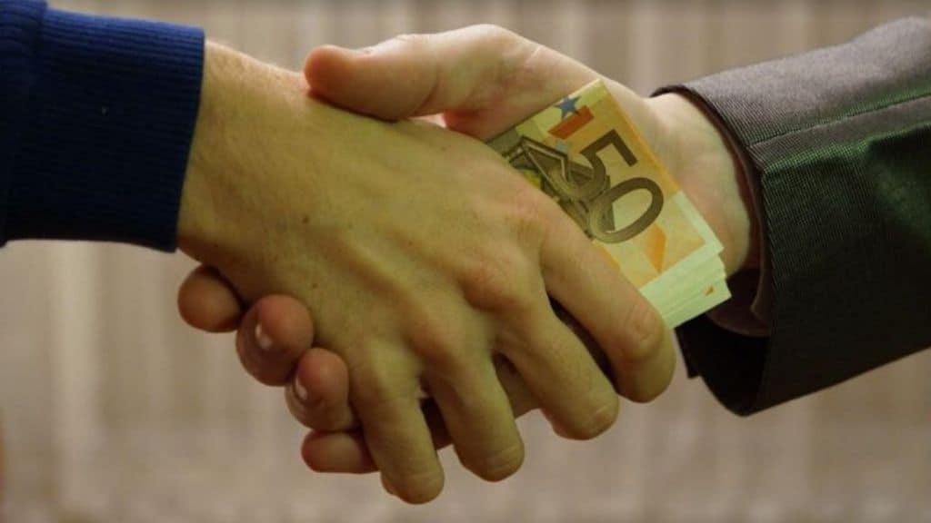 Caserta: strozzini costringono figli a lavorare per ripagare debiti dei genitori