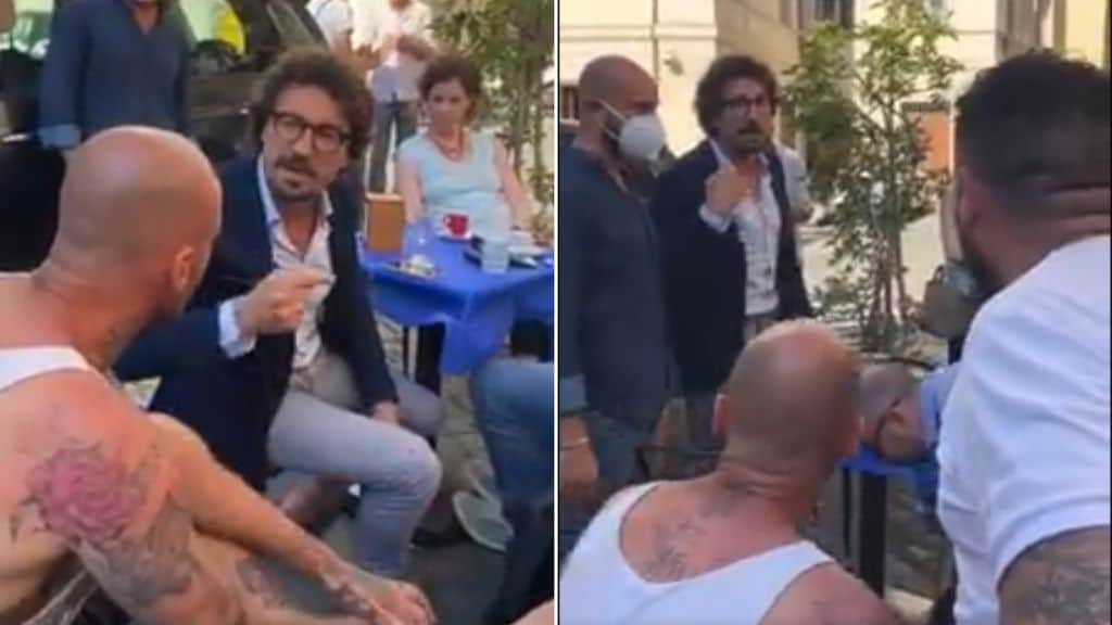 Danilo Toninelli contestato al bar