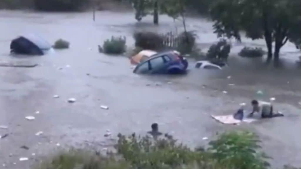 Bomba d'acqua su Palermo