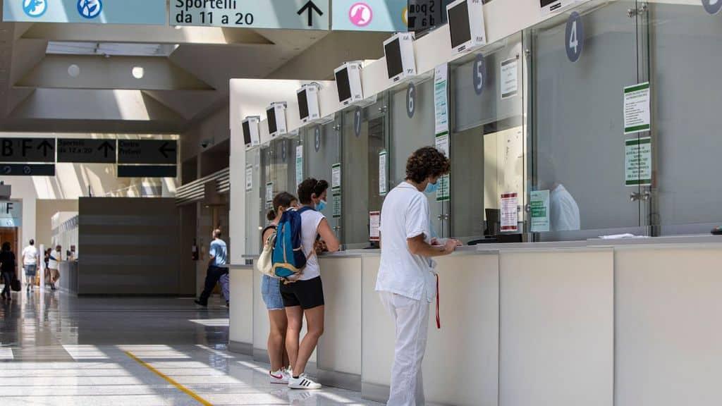 ospedale con medici dentro