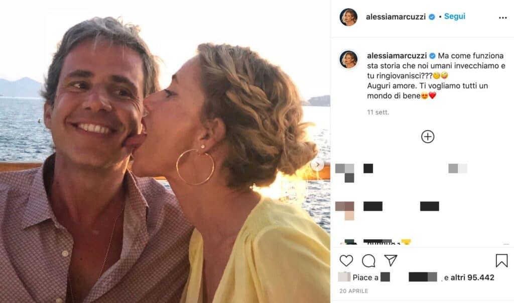 Un post di Alessia Marcuzzi insieme al marito