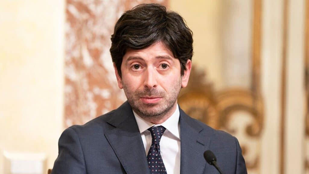 Coronavirus, Italia: 229 nuovi contagi, Speranza firma una n