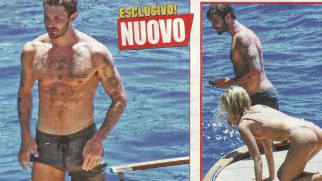 Stefano De Martino in barca con una ragazza