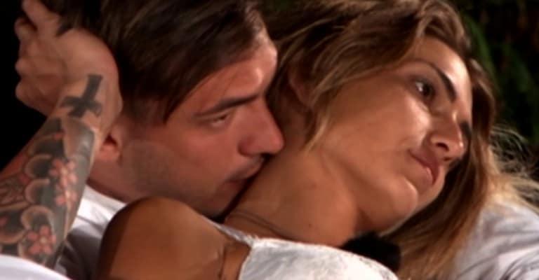 Valeria e il single Alessandro a Temptation Island