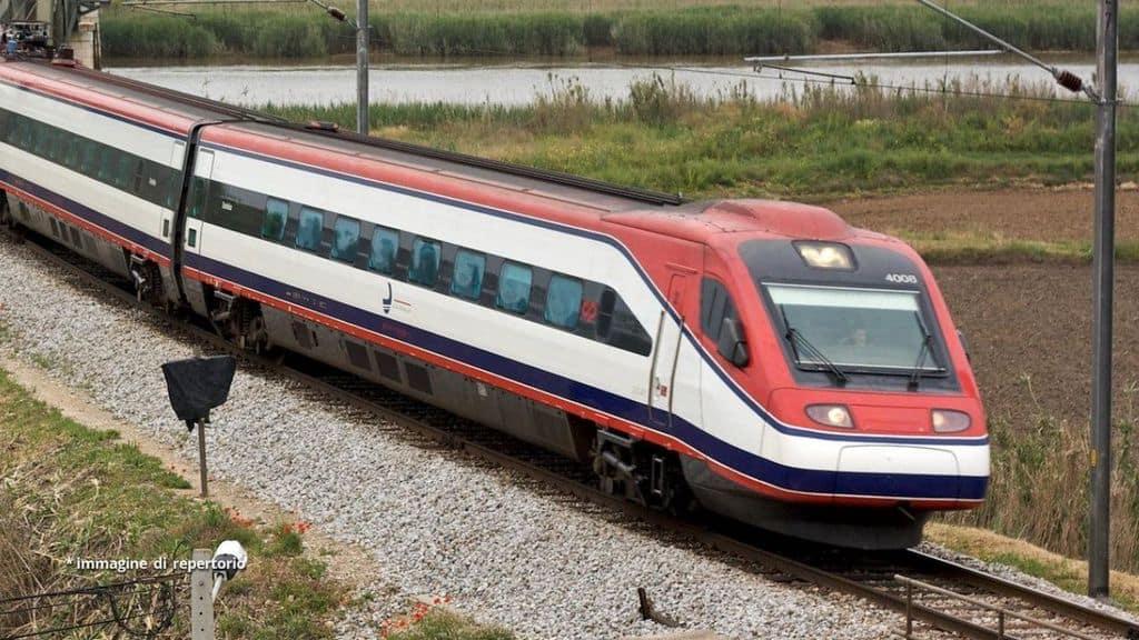 Un treno della Alfa Pendular in Portogallo