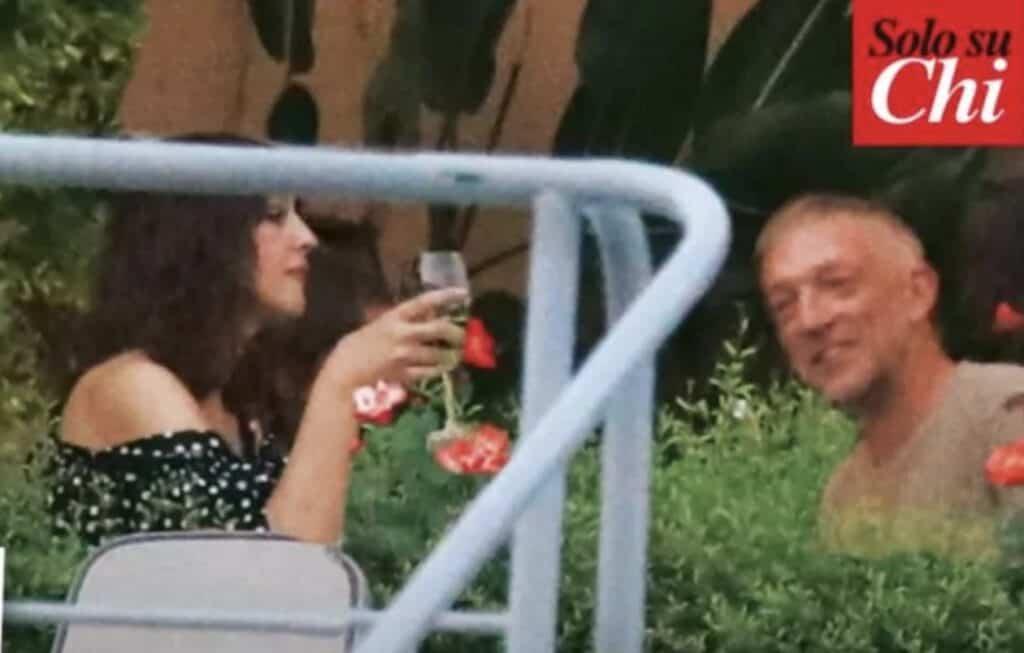 Monica Bellucci e Vincent Cassel sul Lago di Como. Foto: Chi