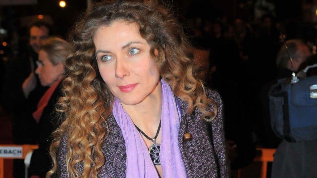 Eleonora Brigliadori in primo piano