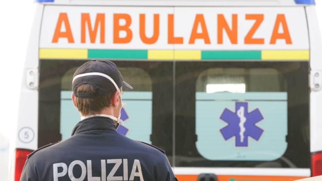 Roma, nonno spara per sbaglio al nipote di 7 anni: è gravissimo