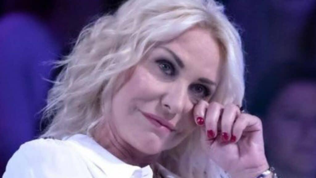 Antonella Clerici è tornata in tv con È sempre mezzogiorno: le sue prime parole