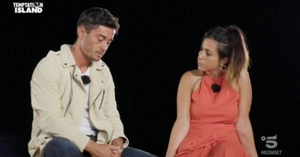 Amedeo e Sofia a Temptation Island falò confronto