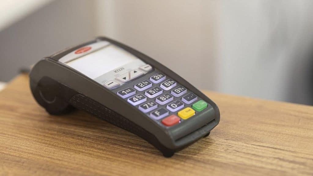 Guerra ai contanti: il piano Cashless del governo Conte, bonus per i pagamenti elettronici e lotta all'evasione fiscale