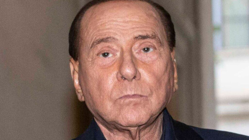 Silvio Berlusconi, primo tampone negativo per il Coronavirus