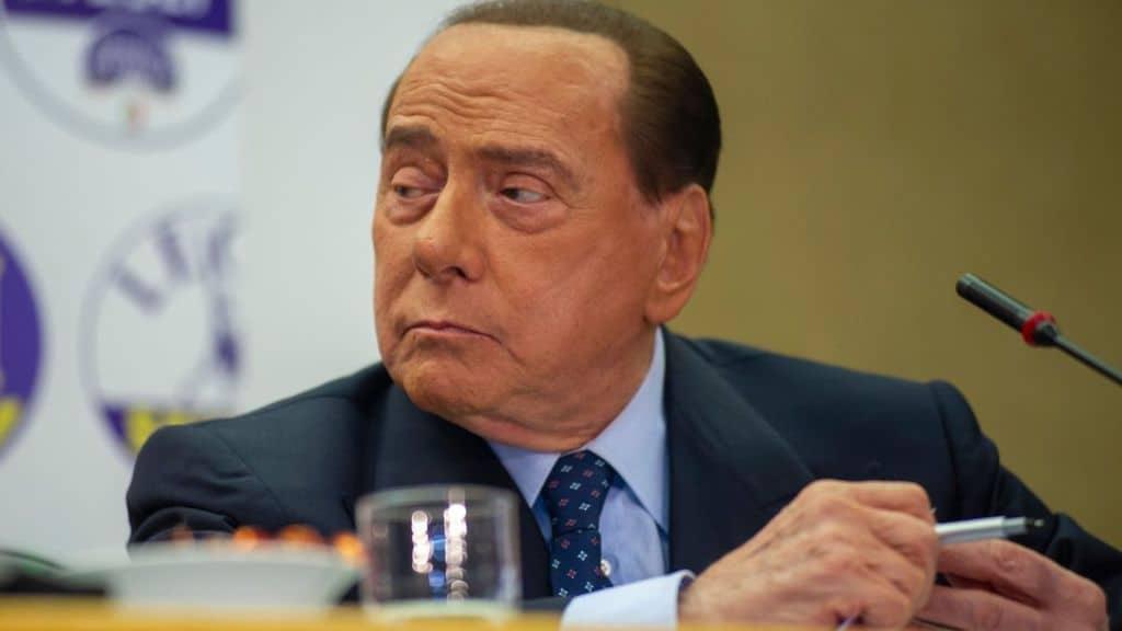 Silvio Berlusconi, ricoverato oggi per Coronavirus