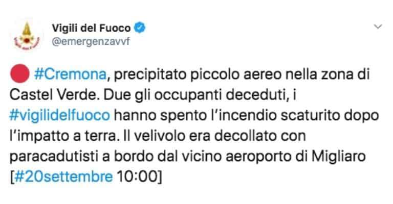 Tweet dei Vigili del Fuoco sull'incidente del velivolo a Cremona