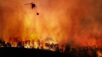 Cambiamenti climatici devastano gli Usa: California, Oregon e Washington circondati dagli incendi