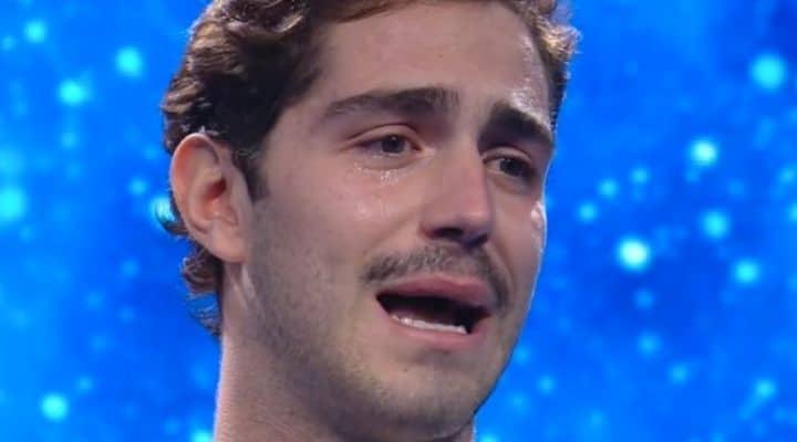 Tommaso Zorzi in lacrime al GF Vip
