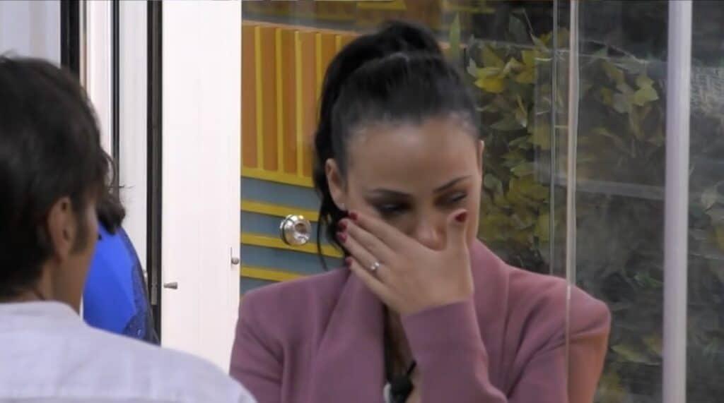 Adua Del Vesco in lacrime davanti Massimiliano Morra