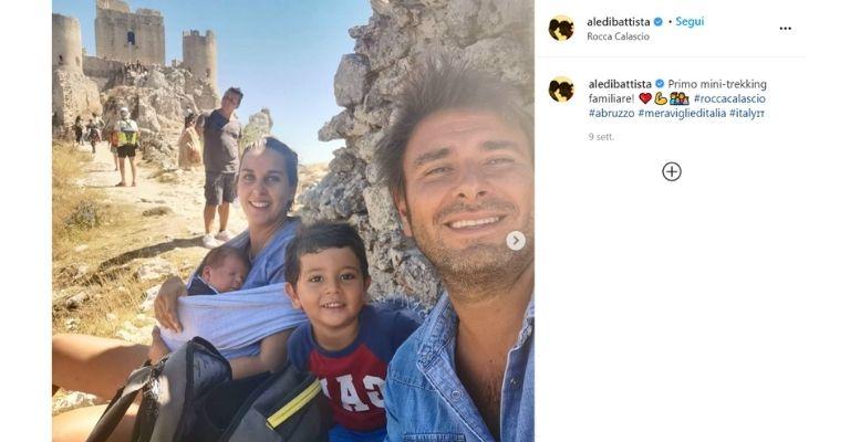 Alessandro Di Battista con la famiglia