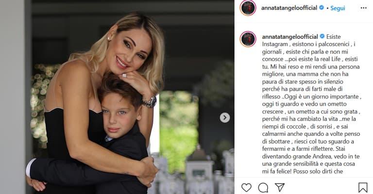 Anna Tatangelo nella foto pubblicata in occasione della comunione del figlio