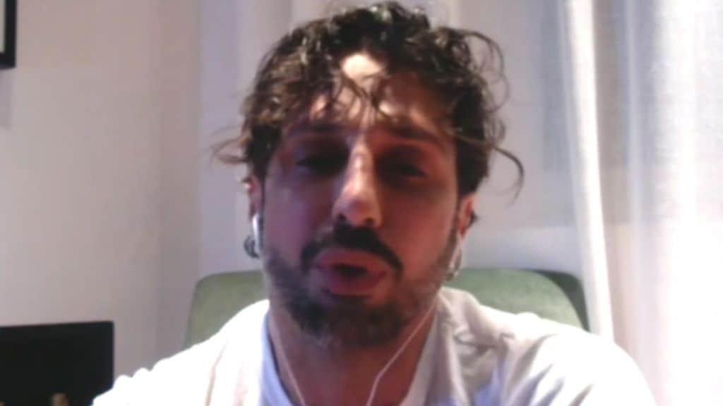 Fabrizio Corona a Live non è la d'urso parla di Carlos
