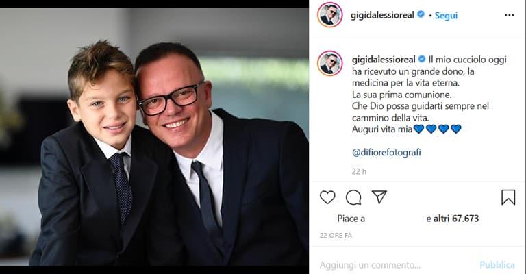 Gigi D'Alessio ha pubblicato una foto in occasione della comunione del figlio