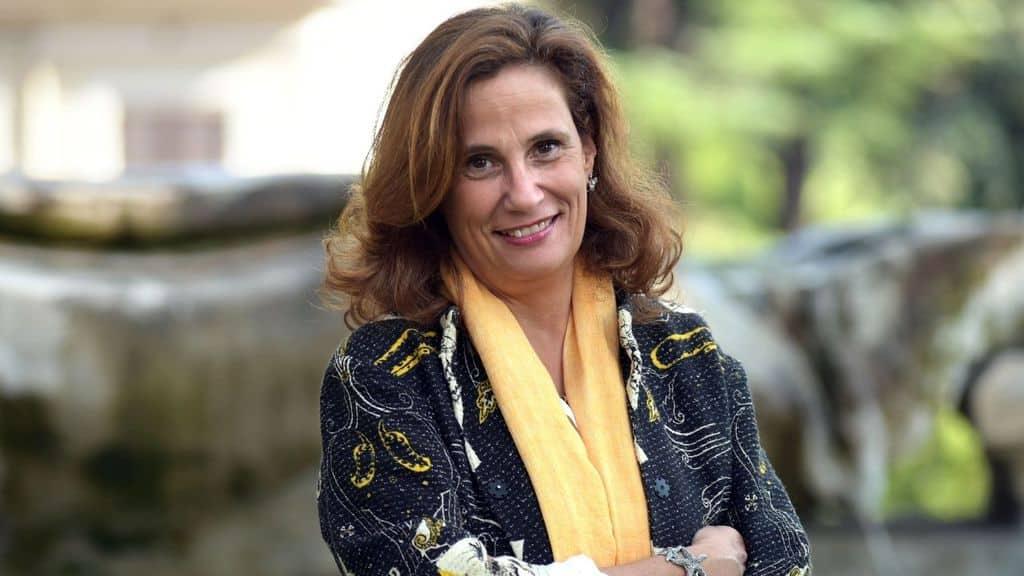 Il governo si prepara a varare il nuovo dpcm. La virologa Ilaria Capua approva le restrizioni per contenere i contagi del coronavirus