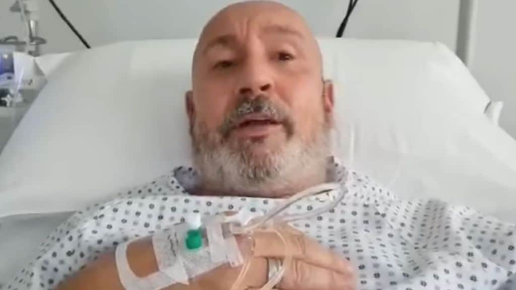 Il comico Maurizio Battista ricoverato in ospedale