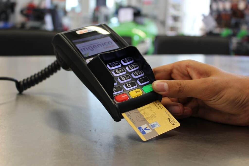 Cashback di Natale assicurato: rimborsi entro il 1° marzo