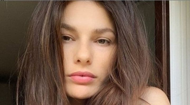 Dayane Mello senza trucco in un selife postato su Instagram