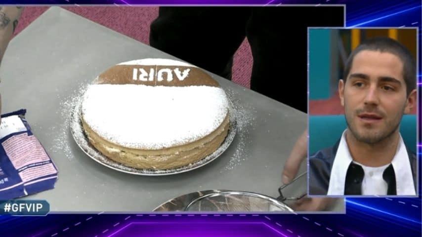 tommaso zorzi torta compleanno aurora ramazzotti