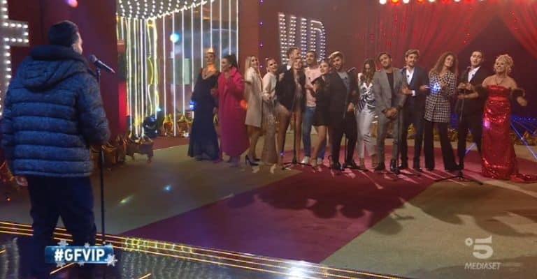 Alberto Urso e i concorrenti del GF Vip