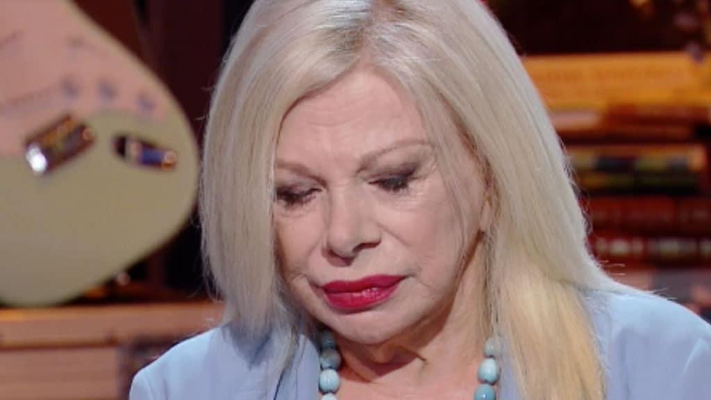 """Sandra Milo in lacrime, la rivelazione in diretta: """"Voleva uccidersi"""""""