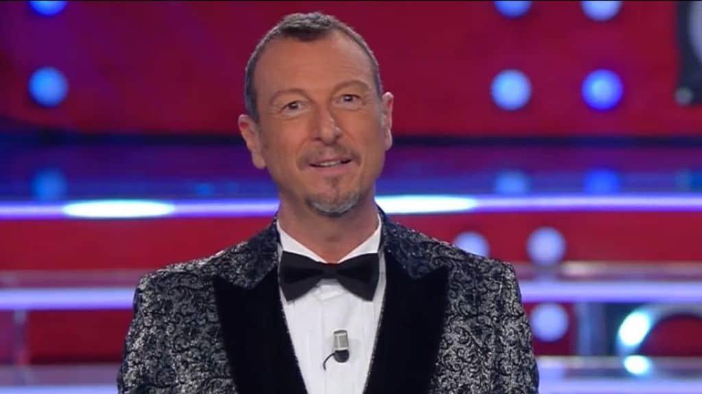 Amadeus presenta i big in gara al Festival di Sanremo 2021