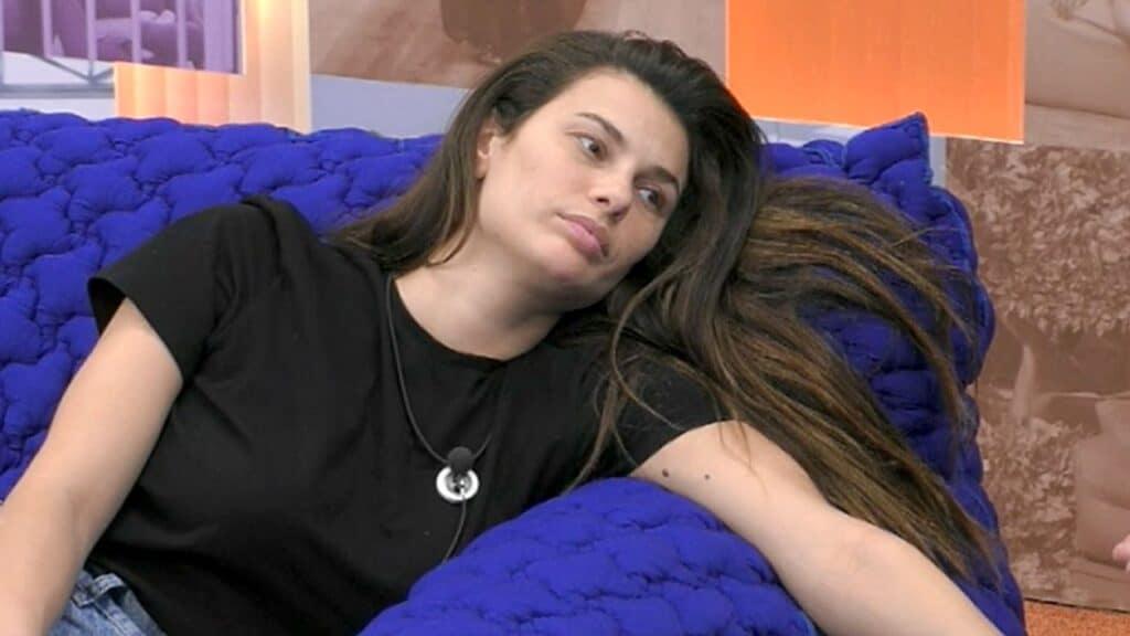 GF Vip, Dayane Mello: nostalgia per la figlia. Lo sgarbo di Giulia Salemi