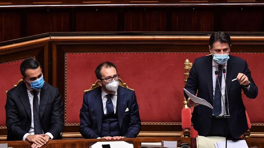 Luigi Di Maio, Alfonso Bonafede e Giuseppe Conte in Senato