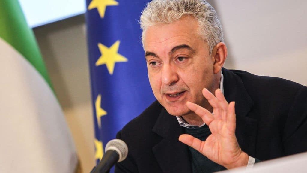 Domenico Arcuri commenta il taglio dei vaccini Pfizer in Italia