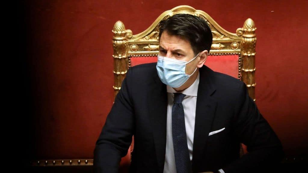 Il premier Conte chiede la fiducia al Senato