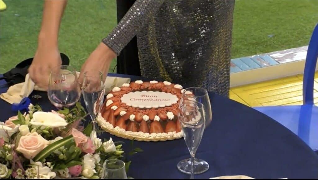 La torta di compleanno di Dayane Mello