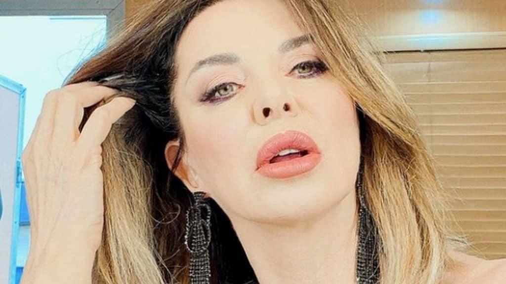 Alba Parietti confessa di essersi pentita di aver rifatto le labbra