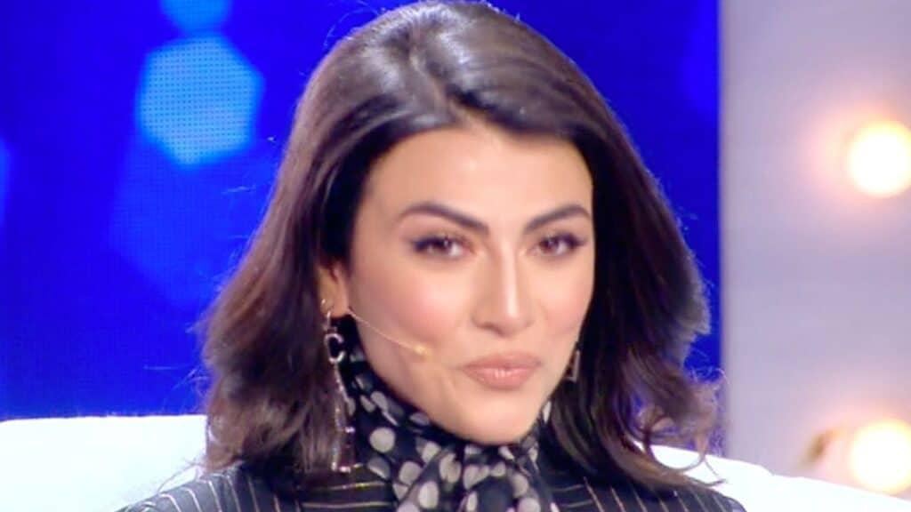 """Giulia Salemi, l'accusa a Live – Non è la d'Urso: """"Ci ha provato con mio marito, ha il vizietto"""""""