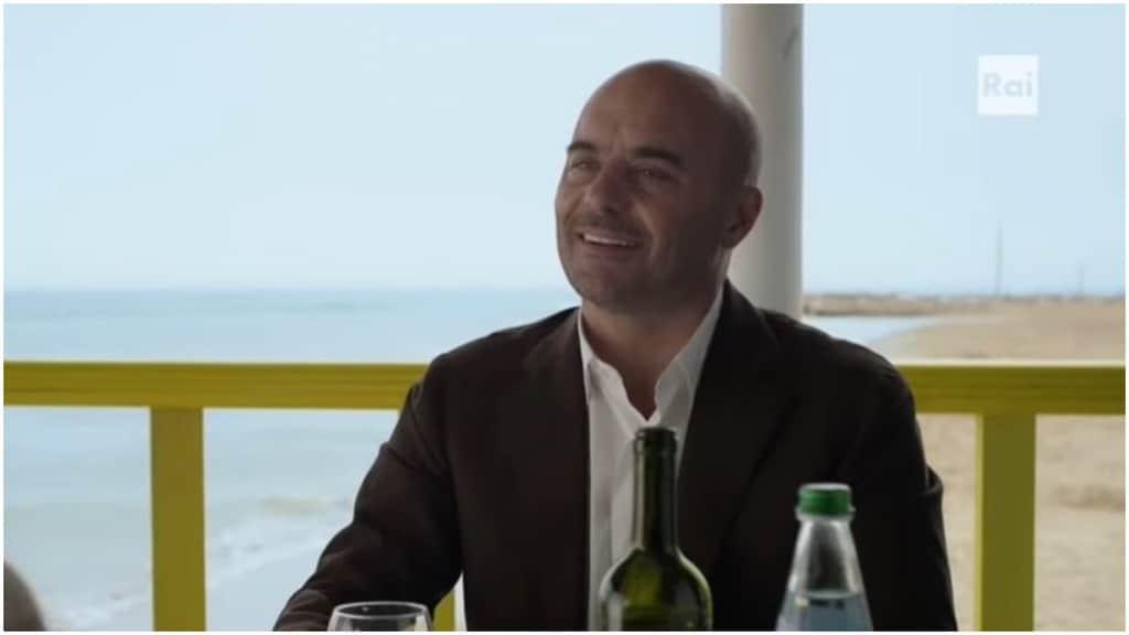 Luca Zingaretti nei panni del Commissario Montalbano