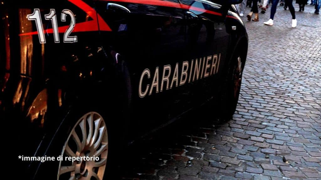 sparatoria napoli carabinieri