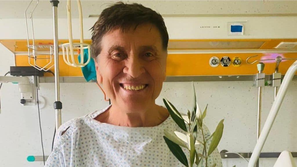 Gianni Morandi in ospedale