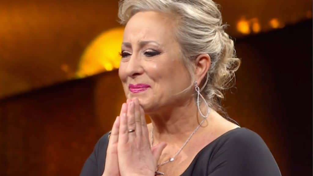 carolyn smith in lacrime per milly carlucci a la canzone segreta