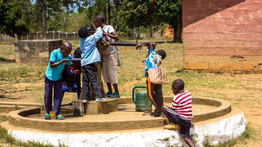 mozambico bambini decapitati madri