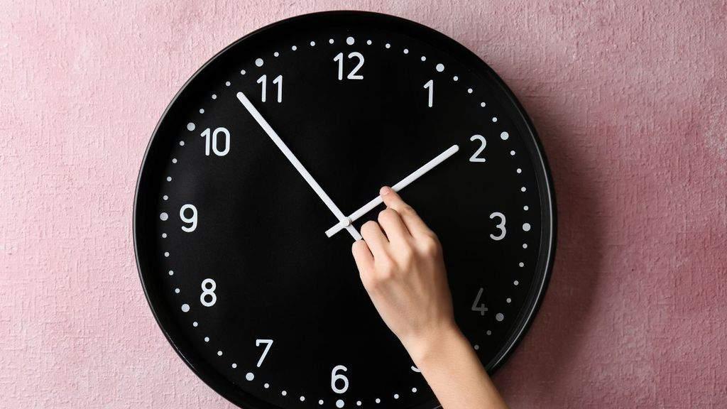 Ora legale, tra il 27 e il 28 marzo si cambia: perché l'Italia ha deciso di mantenere l'ora legale