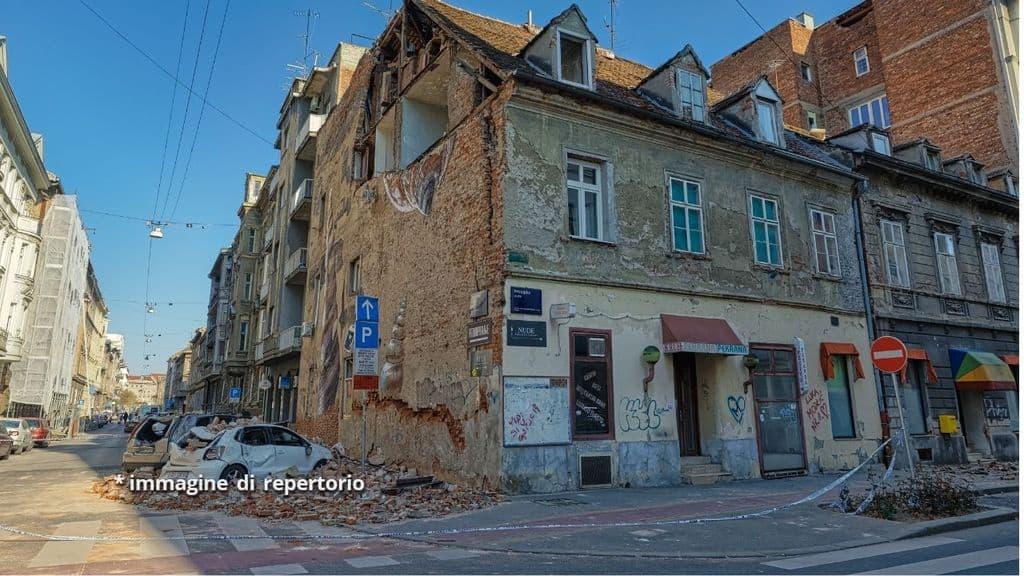 terremoto grecia salonicco larissa
