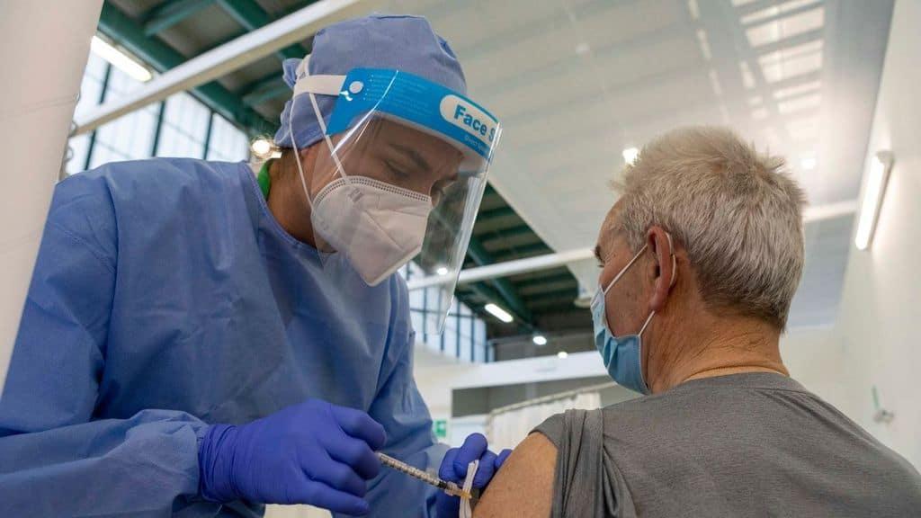 vaccino passaporto vaccinale come funziona